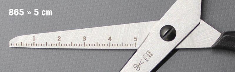 Bastelschere für Kinder mit Lineal Gravur