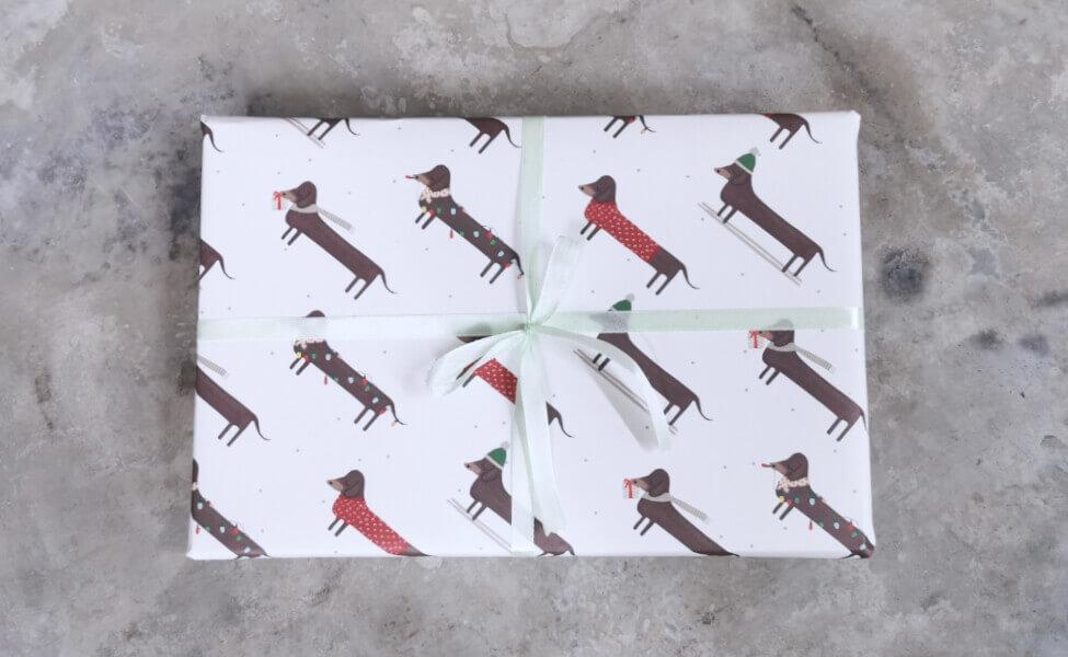 Geschenkpapier Weihnachtsdackel